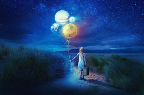 fillette ballon planetes